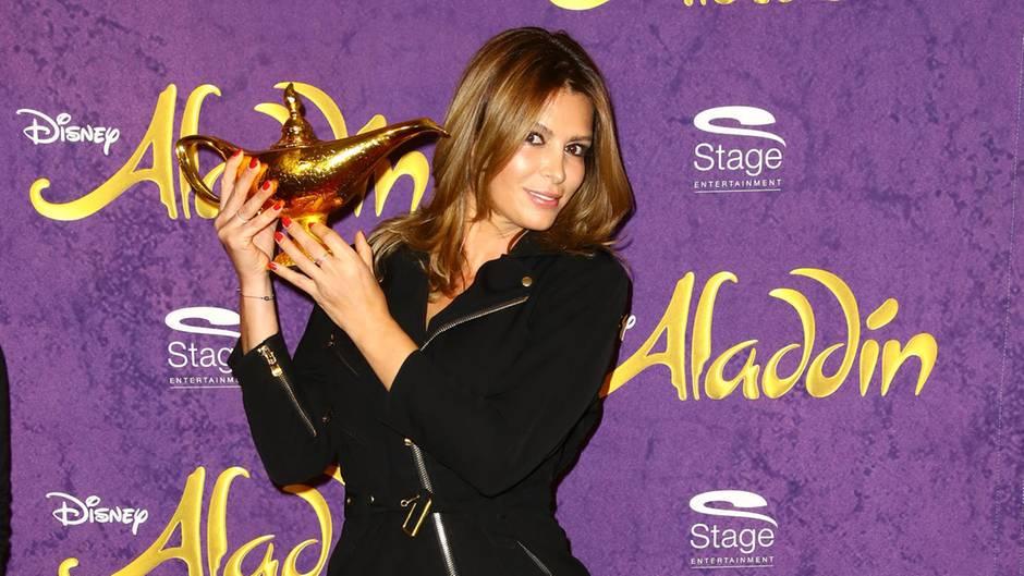 """Sabia Bouhlarouz beim Benefizkonzert von """"Aladdin & Friends"""" in Hamburg"""