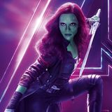 Grüne Haut, pinke Haarspitzen - als Gamora legt sich Zoe Saldana einen komplett neuen Look zu.