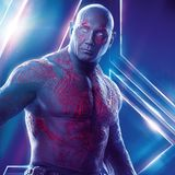Drax ist natürlich eine absolute Kunstfigur. Wie der Mann aussieht, der hinter dem Kostüm steckt, ist nur schwer zu erahnen.