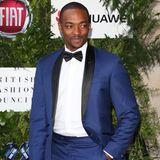 Vielleicht kein Ritter, aber dafür ein sehr gut aussehender Gentleman ist Anthony in seinem wahren Leben und auf dem roten Teppich.