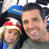 14. April 2018  Selfie-Time bei Donald Trump Jr. und den Kids. Mit Töchterchen Chloe macht der stolze Papa einen Ausflug mit dem Rennwagen.