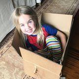 25. April 2018  Die kleine Chloe Trump weiß sich immer zu beschäftigen, postet Papa Donald Trump Jr, auch mit einem Pappkarton, in den sich die kleine gesetzt hat.