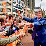 27. April 2018  Fröhlicher Empfang in Groningen: König Willem-Alexander erfreut sich in den Niederlanden großer Beliebtheit.