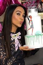 """Zum Anbeißen - Happy Birthday, liebe Verona! Der beliebte TV-Star feiert mit einer schönen """"Sugarbar""""-Doppelgänger-Torte seinen 50. Geburtstag! Auch wir gratulieren herzlich."""