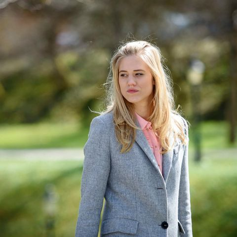 """Larissa Marolt spielt die Rolle der Alicia Lindbergh in """"Sturm der Liebe"""""""