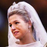 Am 2. Februar 2002 wirdMáxima Zorreguieta zu PrinzessinMáxima der Niederlande, mittlerweile sogar Königin. Ihr blond gefärbtes Haar wurde zu einem schlichten Dutt frisiert.