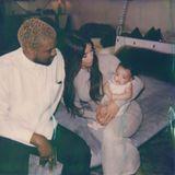 6. April 2018  Ein inniger Moment zwischen Kanye West, Kim Kardashian und Töchterchen Chicago.
