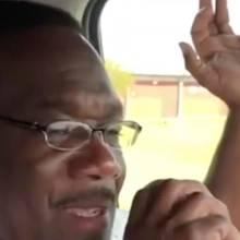 Emotionaler Abschied: Polizist spricht seine letzten Worte über Funk - alle Kollegen hören zu