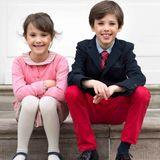 4. Mai 2018  Und noch einmal gemeinsam lächeln: Prinz Henrik und Schwester Athena.