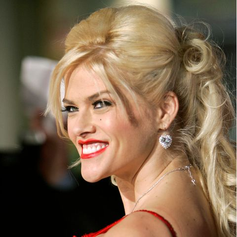 Anna Nicole Smith (†)