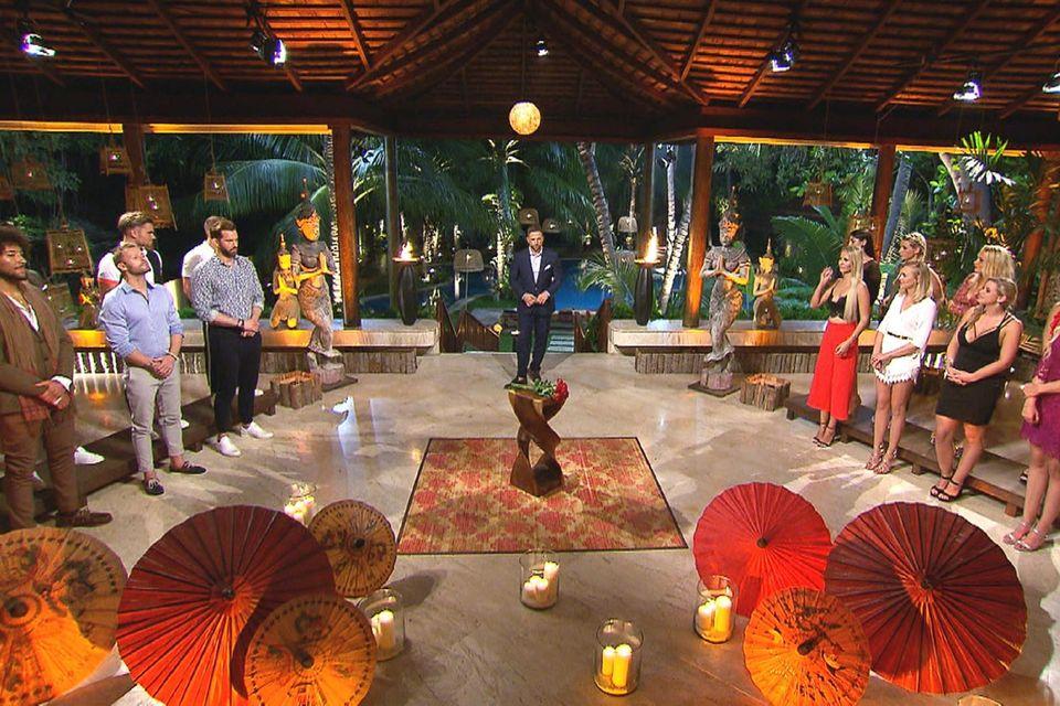 """Die erste Nacht der Rosen bei """"Bachelor in Paradise"""" wird spannend!"""