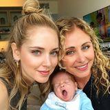 9. Mai 2018  Kaum zu glauben, aber die sehr jung aussehende Dame rechts im Bild ist Chiara Ferragnis (l.) Mutter! Noch unglaublicher ist aber, dass sie jetzt sogar Oma ist! Enkel Leone Lucia scheint das Ganze nur wenig interessant zu finden.