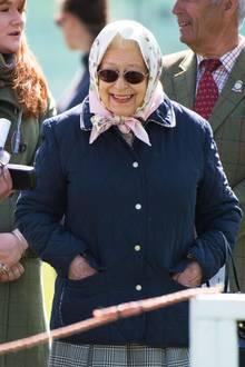 11. Mai 2018  Richtig gute Laune hat Queen Elizabeth am dritten Tag derRoyal Windsor Horse Show. Wahrscheinlich auch, weil Prinz Philip sie nach seiner schweren Hüft-OP wieder begleitenkann.