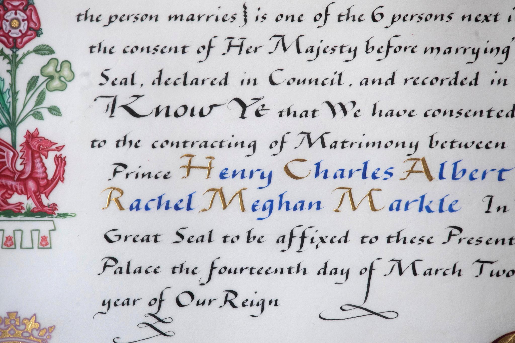 """Noch einmal explizit: Queen Elizabeth erlaubt Prinz Harry, den sie """"ihren geliebten Enkelsohn"""" nennt, und Meghan Markle vor den Altar zu treten."""
