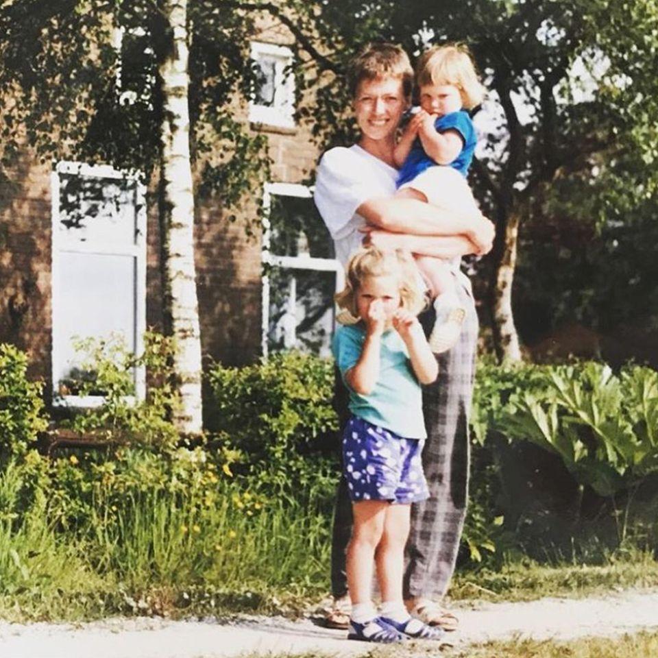 Doutzen Kroes' Muttertagsgruß auf Instagram zeigt, dass sie ihre Schönheit von ihrer Mama Geartsje Leistra geerbt hat.