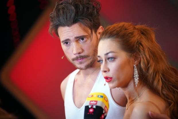 Bela Klentze und Oana Nechiti sind nach der Show noch immer ganz geschockt