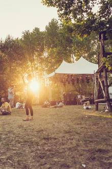 "Immergut Festival: Die alternative ""Fusion"" an der Seenplatte"