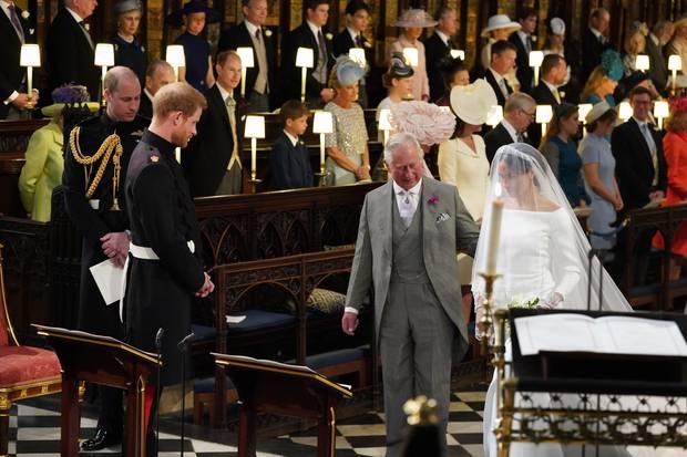 Prinz Charles und Meghan Markle schreiten zum Altar