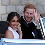 Harry und Meghan verabschieden sich - aber nur kurz. Der letzte Programmpunkt des Tages ist der abendliche Empfang, eine Party, im Frogmore House. Ausgerichtet von Prinz Charles.
