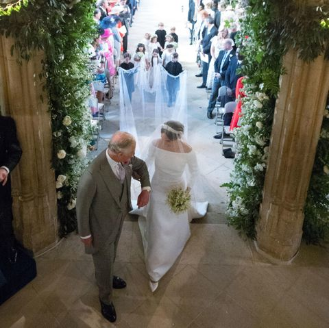 Prinz Charles nimmt Meghan Markle am 19. Mai 2018 in der St George's Kapelle in Empfang