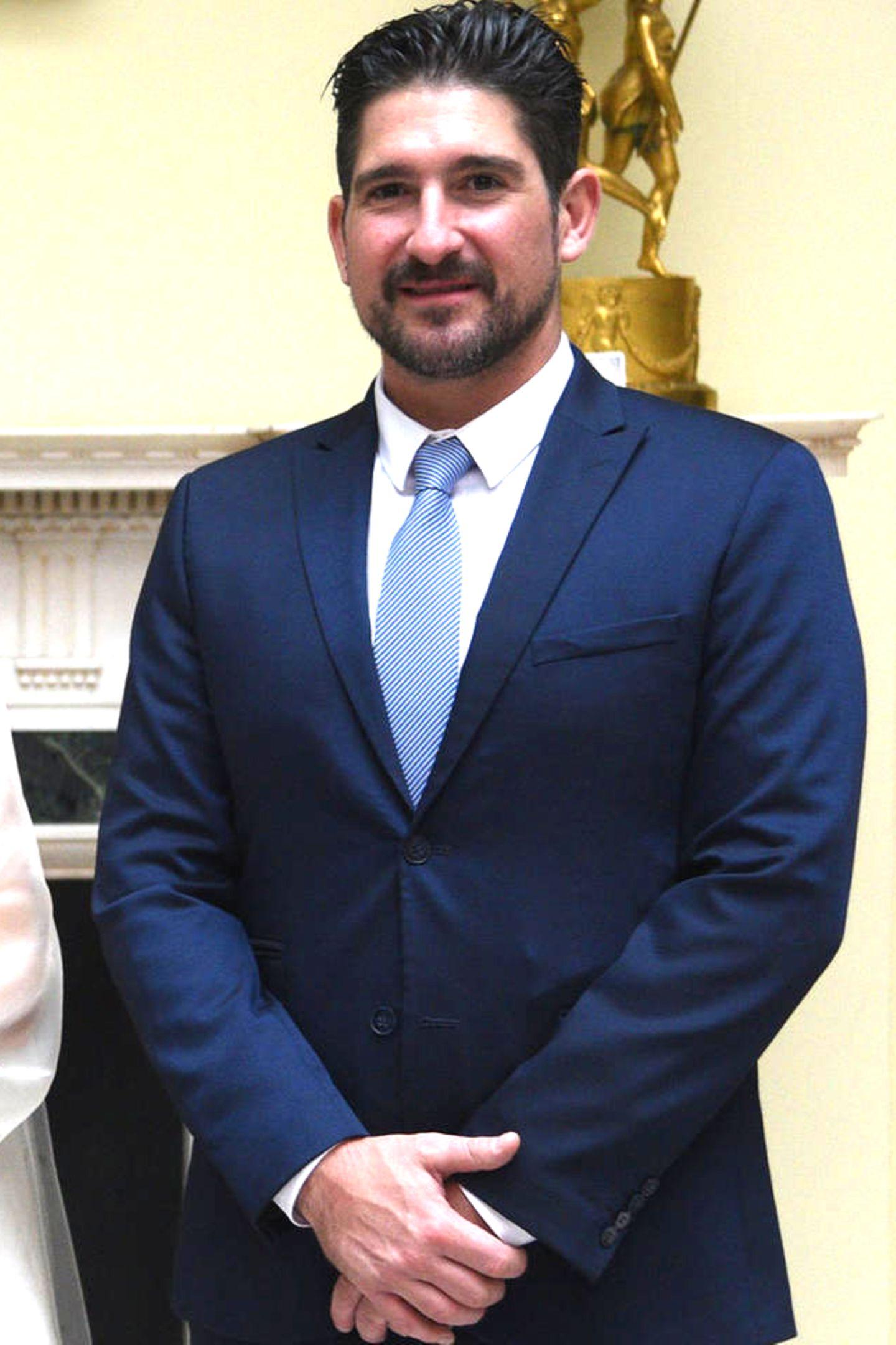 Prinz Alexander von Serbien (geb. 1982)  Auch ein weiteres Mitglied desHauses Karađorđević ist noch nicht unter der Haube: Prinz Alexander, derjüngere Bruder von Erbprinz Peter, wartet noch auf seine Prinzessin.