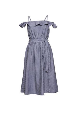Auf Streifzug durch den Sommer: Mit diesem hübschen Kleid in angesagter Midi-Länge sind sie der Hingucker in jedem Beachclub. Von Q/S designed by, ca. 60 Euro.