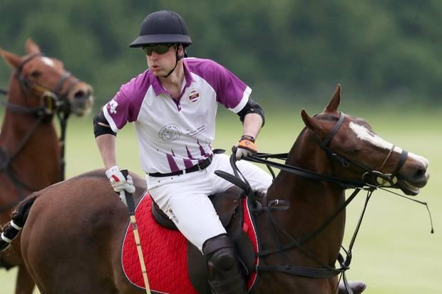 Prinz William muss beim Polo in diesem Jahr alleine ran.