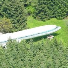 Ungewöhnliches Traumhaus: Dieser Mann lebt seit 15 Jahren in einem Flugzeug mitten im Wald