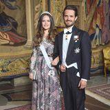 31. Mai 2018  Auch Prinzessin Sofia und Prinz Carl Philip erscheinen beim Repräsentationsdinner im königlichen Schloss. Sofia in einem zauberhaften, bodenlangen Kleid. Prinz Carl Philip im festlichen Anzug.