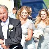2. Juni 2018  Nun aber schnell! Madeleine scheint genauso freudig aufgeregt zu sein wie die Braut selbst.