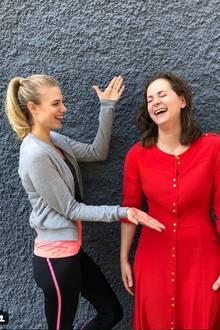 Larissa Marolt (l.) freut sich über die Rückkehr von Christin Balogh (r.)