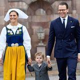 6. Juni 2018  Beim Eintreffen im königlichen Schloss in Stockholm sind Kronprinzessin Victoria, Prinz Daniel und der kleine Prinz Oscar bestens gelaunt.
