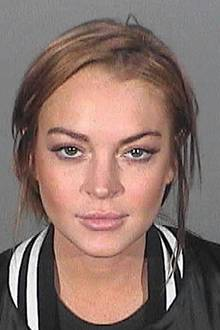 Lindsay Lohan  Was wäre eine Mugshot-Strecke ohne Hollywoods Skandalnudel Lindsay Lohan? Die Schauspielerin nennt schon so einige Knastporträts ihr eigen.Dieses hier wegen Trunkenheit am Steuer.