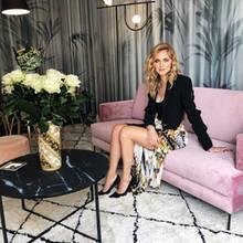 Stilvoller lässt es sich wohl kaum arbeiten: Bloggerin Chiara Ferragni hat vor Kurzem ihr neues Büro bezogen und dieses ziemlich cool eingerichtet. Von Büro-Atmosphäre keine Spur! Stattdessen dominieren angesagte Möbel aus der WestwingNow-Kollektion.