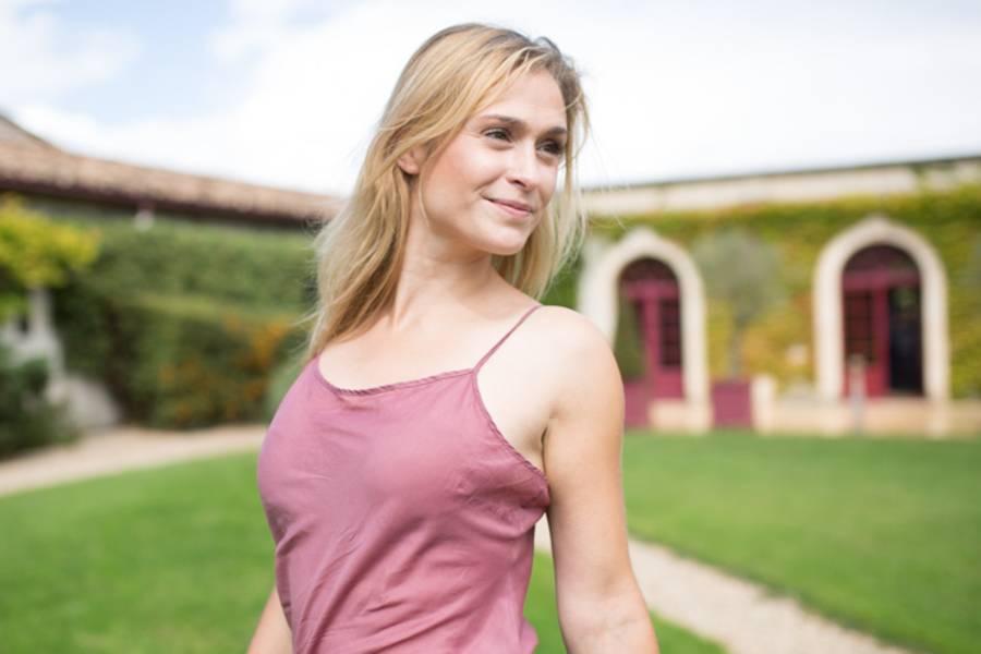 """Lea Woitack ist nicht nur als """"GZSZ""""-Sophie strahlend schön. Mit ihrem natürlichen Look bezaubert sie auch privat ganz besonders."""