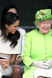 Herzogin Meghan + Queen Elizabeth: Körpersprache-Experten analysieren ihren ersten Auftritt