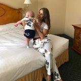Der kleine Ludwig ist während des Fußballspiels im Hotel geblieben. Vielleicht hätte er seinem Papa Mats im süßen Baby-Trikot mehr Glück gebracht?