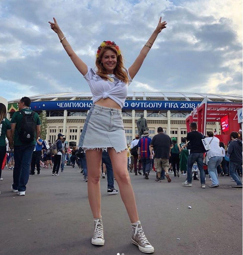 Palina Rojinski freut sich auf's Deutschland-Spiel.