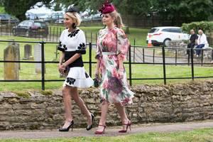 Auch Lady Kitty Spencer bewies im Rahmen der Hochzeit ihrer Cousine erneut ihr Gespür für modische Wow-Auftritte. In einem floralen Traumkleid von Dolce & Gabbana kann sie mit Meghan ohne Frage mithalten.