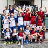 """18. Juni 2018  Das Charity-Fußball-Spiel wird zu einem Erfolg. Das royale Team """"Skaugum"""", rund umKronprinz Haakon, Kronprinzessin Mette-Marit, Prinz Sverre Magnus undPrinzessin Ingrid Alexandra,hat in der Mannschaft""""Nordstrand Allsport"""" einen würdigen Gegner gefunden. Alle sind sich einig: Auch Menschen mit Behinderung haben Freude am Fußball und sindmehr als in der Lage das Runde ins Eckige zu befördern."""