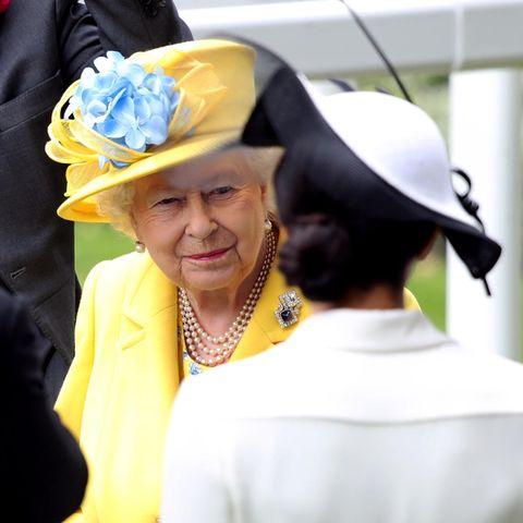 Queen Elizabeth + Herzogin Meghan