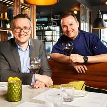 Steve Karlsch (Kulinarischer Direktor) + Star-Koch Tim Raue