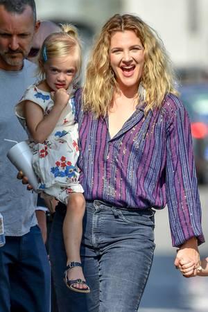 Bezaubernd wie die Mama: Drew zeigt ihre süßen Töchter Olive und Frankie