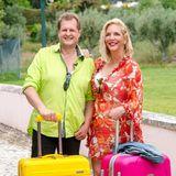 """""""Malle-Jens"""" und Kult-Auswanderer Jens Büchner (48) mit seiner Ehefrau Daniela Büchner (40)"""