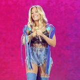Am vergangenen Samstag (23. Juni) begeisterte Helene Fischer in derLeipziger Red Bull Arena, im Rahmen des Auftakt-Konzertes zu ihrer Stadiontour 2018. Musikalisch bot Fischer ihren Fans wie gewohnt ein beeindruckendes Gute-Laune-Spektakel. Ihr Outfit hingegen ließ im Vergleich zu ihren bisherigen Bühnen-Looks allerdings ein wenig zu Wünschen übrig. Hat sich Helenes Stylistin hier etwa von Britney Spears' legendärem Denim-Look inspirieren lassen?