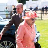 24. Juni 2018  Queen Elizabeth hatte sich schon die letzten Tage beim Pferderennen in Ascot ganz königlich amüsiert, die Royal Windsor Cup Finals im benachbarten Guards Polo Club hat sich am Sonntag dann auch Prinz Philip nicht entgehen lassen.