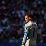 Der Kapitän der deutschen Nationalmannschaft ist fassungslos: Torwart Manuel Neuer nach der Niederlage gegen Südkoreaund dem erstmaligen Ausscheiden der Deutschen in der Gruppenphase der WM.