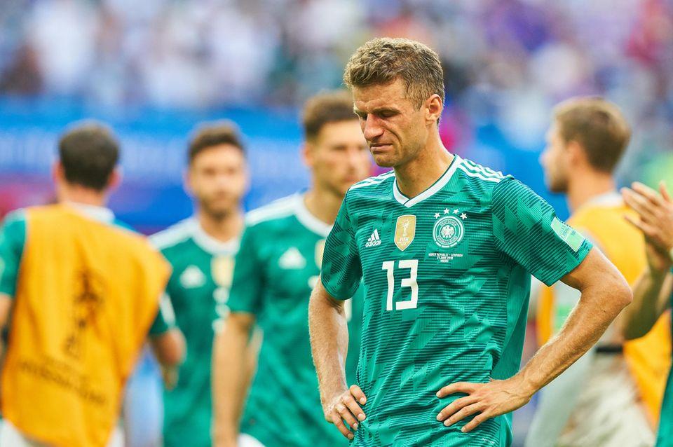 Es war nicht sein Turnier: Bei Bayern-Star Thomas Müller fließen die Tränen.