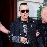 Aktuelle Bilder von dem einstigen Sexsymbol versetzen Johnny Depps Fans in Sorge und sein jetziger abgemagerterGammel-Look sorgt für Spekulation über eine mögliche Krankheit.