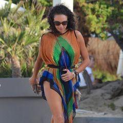 Ganz schön sexy! Lilly Becker genießt nach der Trennung von Mann Boris Becker aktuell ihr neues Single-Dasein in vollen Zügen. Nachdem sie selbst ihren 42. Geburtstag feierte, ist sie aktuell auf Ibiza und feiert dort den 40. Geburtstag einer Freundin und zwar in männlicher Begleitung ...